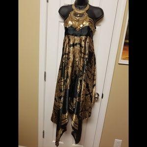 Dresses & Skirts - Beautiful Strapless dress